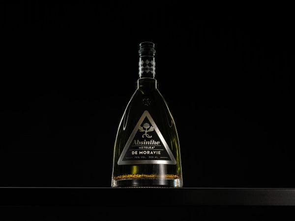 Moravský absint s bylinami z Jižní Moravy – Metelka DeMoravie