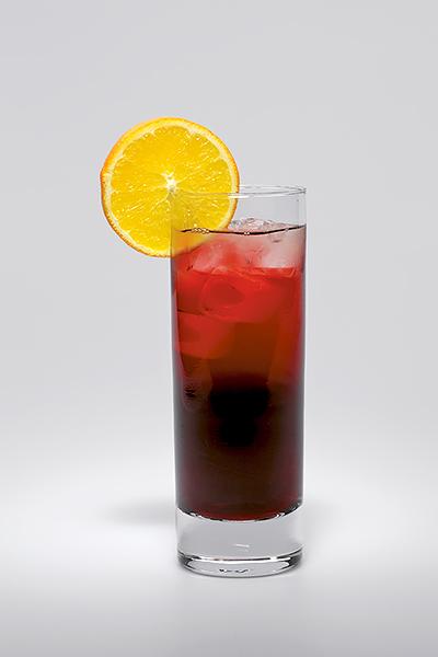 Míchané nápoje, recepty s bylinným likérem – Long Hubert