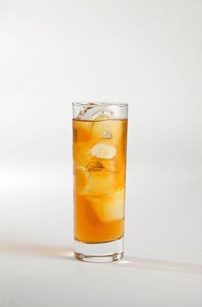 Míchaný alkoholický nápoj s absintem – Přirozenost