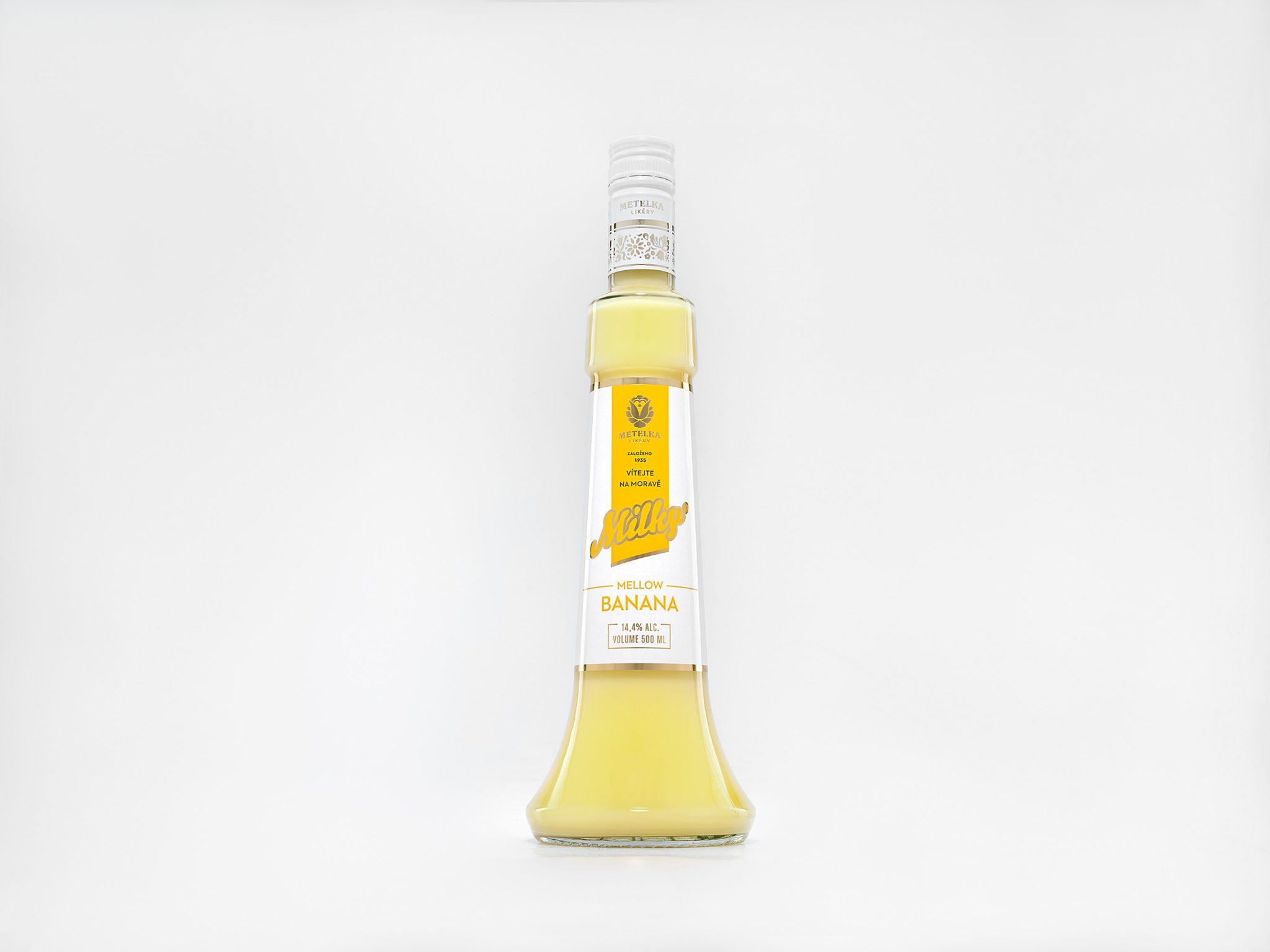 Banánový alkoholický nápoj – Milky Mellow Banana 0,5 L
