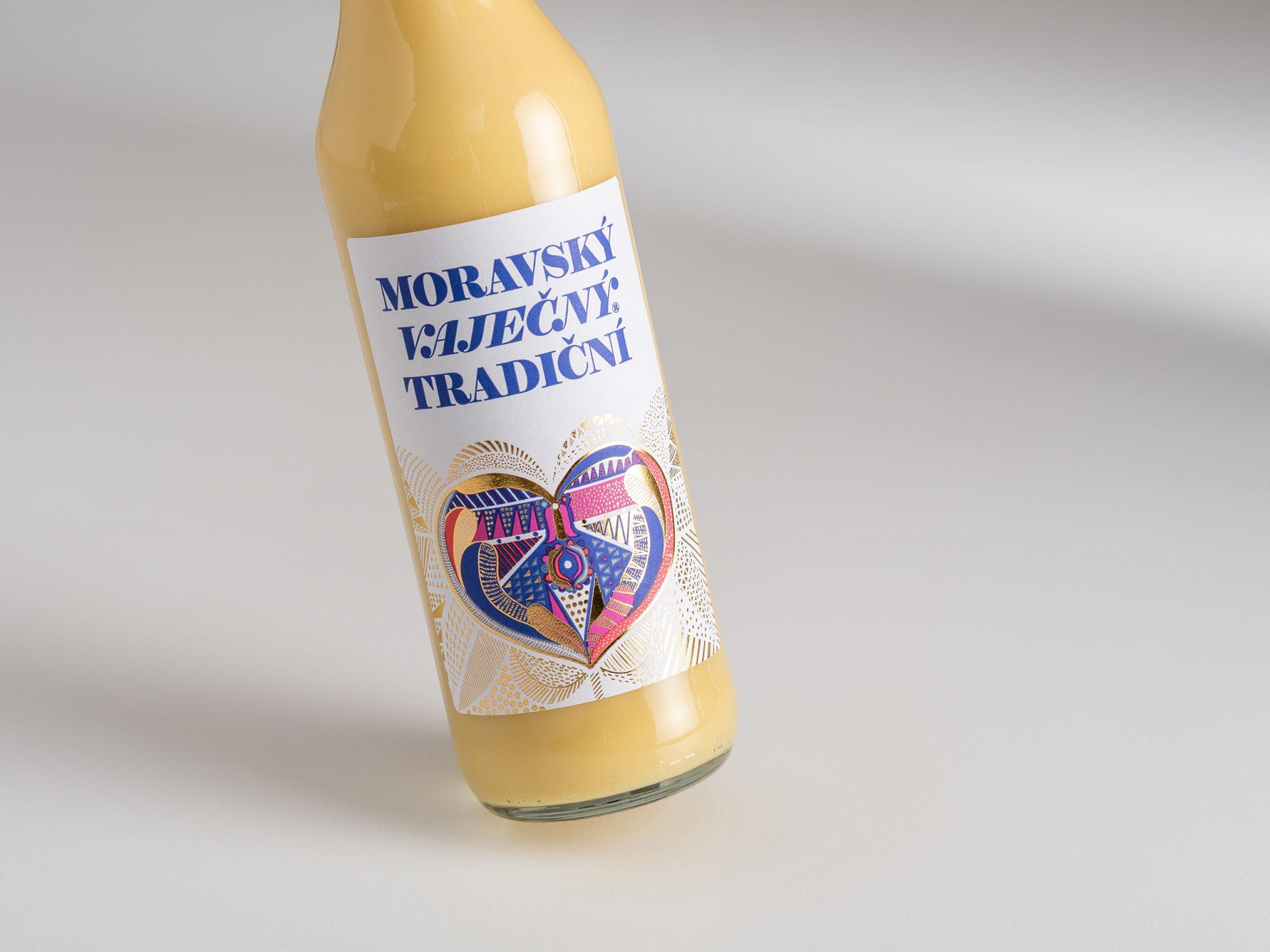 Moravský Vaječný Tradiční – etiketa s moravským motivem