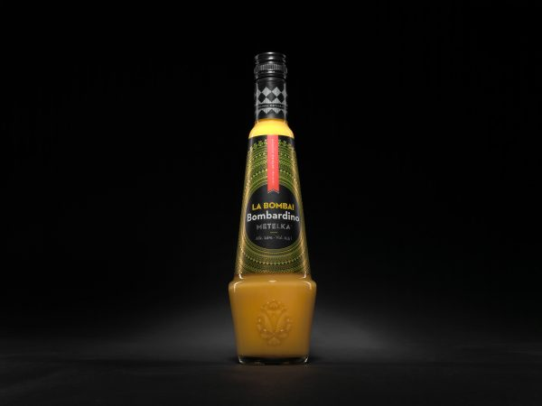 likér Bombardino
