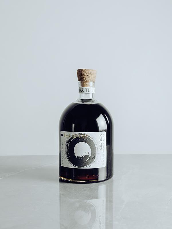 Medový likér Tea Spirit 0,7 L