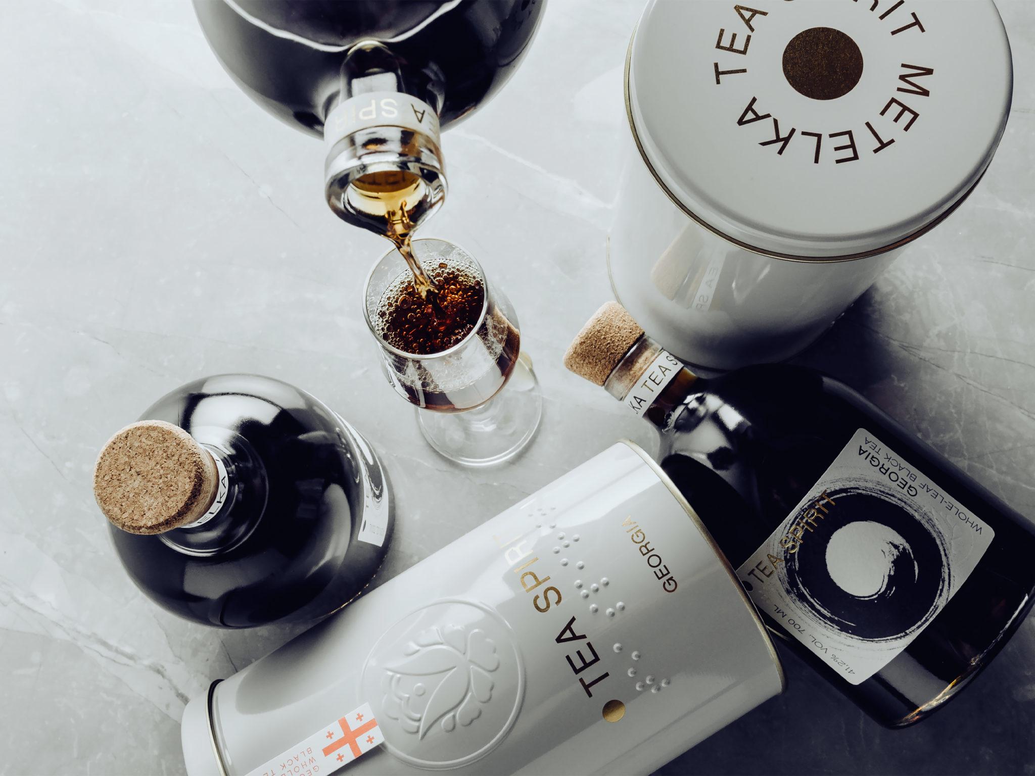 Tea Spirit je lahodný čajový a medový likér s brandy