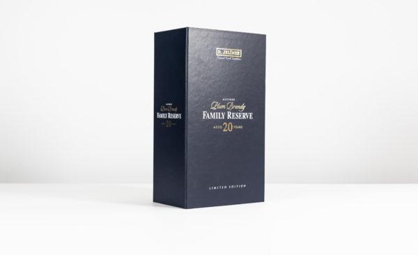 Investiční alkohol Plum Brandy Family Reserve
