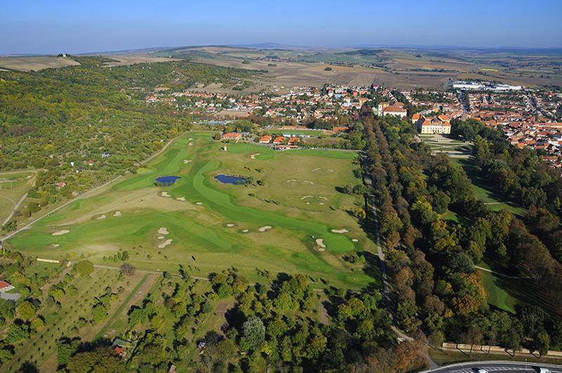 Golf a pivovar Slavkov u Brna